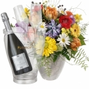 Happy with Prosecco Albino Armani DOC (75 cl) incl. ice bucket and two sparkling wine flutes